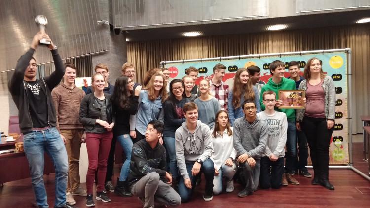 Christiaan Huygens College - Cambodia Dutch winnaar Scholierencompetitie Eindhoven 2015